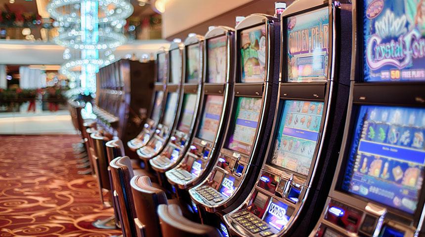 machines - 2 Tips to Win at Battlestar Galatica Slots
